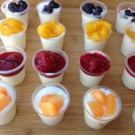 low_fat_fresh_yoghurt_with_fruit_toppings